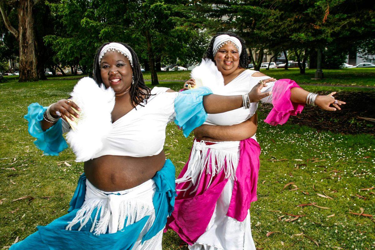 Dancers Raks Africa